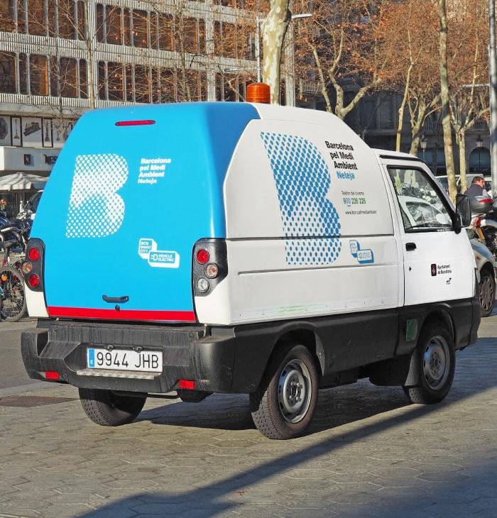 foto vehiculo limpieza amb coche electrico